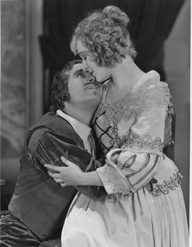 Douglas Fairbanks and Marguerite De La Motte in The Iron Mask (1929) 2