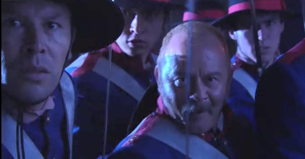 El Zorro, la Espada y la Rosa telenowela Zorro odcinek 1 - ucieczka Miguela żołnierze