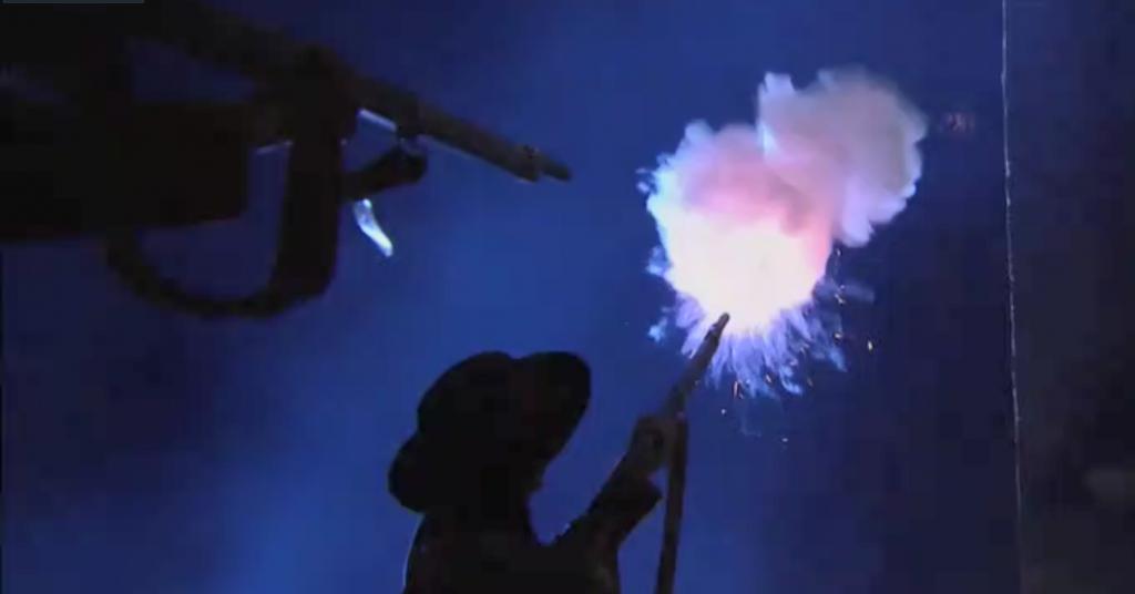El Zorro, la Espada y la Rosa telenowela Zorro odcinek 1 - ucieczka Miguela strzały